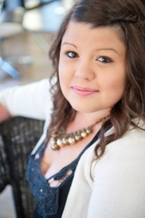Exclusive Interview With Full-Time Freelance Writer Aly J. Yale.